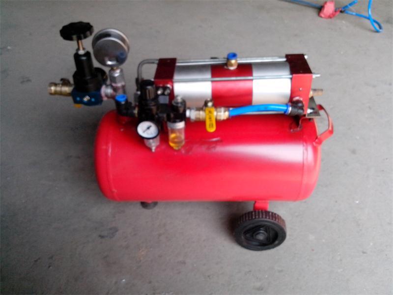 带储气罐微型气体增压系统