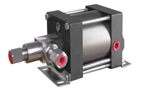 气体增压泵和气液增压泵的工作原理有什么不同?